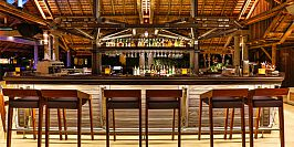 Sands Resort & Spa-Dolphin Bar