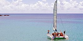 Exclusive private catamaran cruise in mauritius (7)