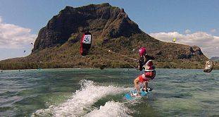 Kitesurfing in Le Morne