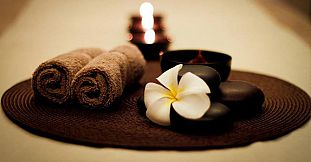 Full Body Aromatherapy Massage (1h 20min)