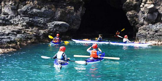 Cave Sea Kayaking – West Coast