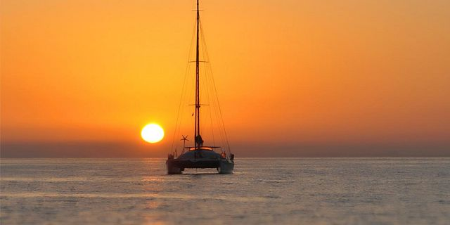 Luxury sunset catamaran cruise north coast (5)