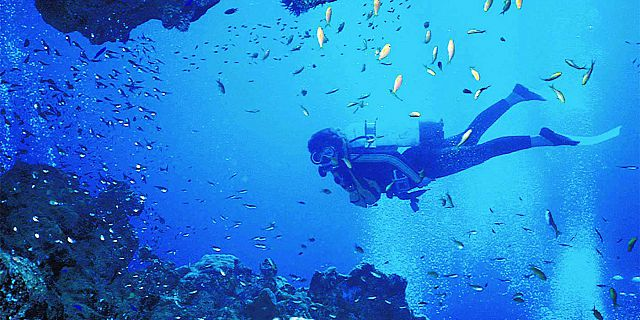 PADI Discovery Initiation diving in mauritius (8a) (3)