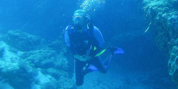 PADI Discovery Initiation diving in mauritius (8)