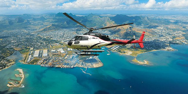 Private group helicopter sightseeing tour (1)
