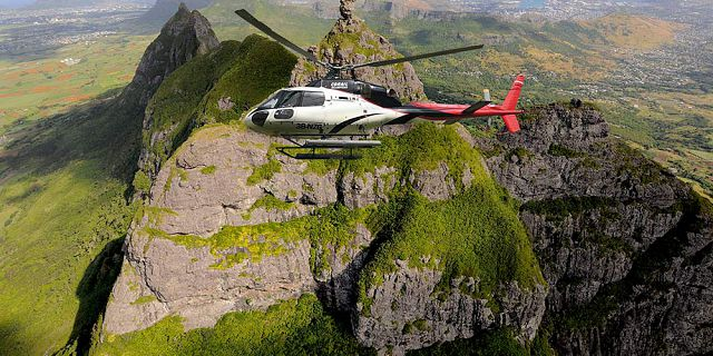 Private group helicopter sightseeing tour (9)