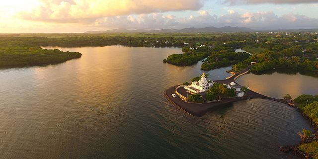 Helicopter aerial photography filming in mauritius (13)