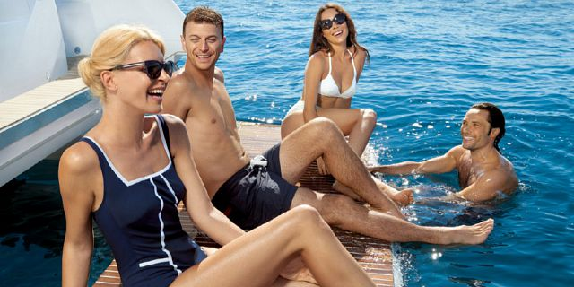 Exclusive half day dolphin watching yacht trip snorkelling (5)