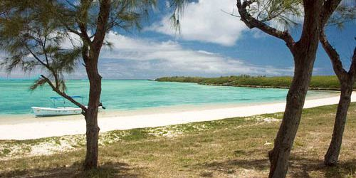 Ile Aux Chats and Hermitage Island (11)