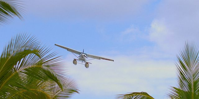 Seaplane flight at le morne mauritius southwest (4)