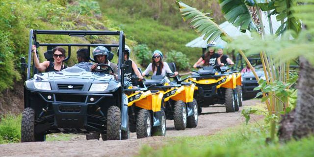 Quad biking and buggy at vallee des couleurs (07)