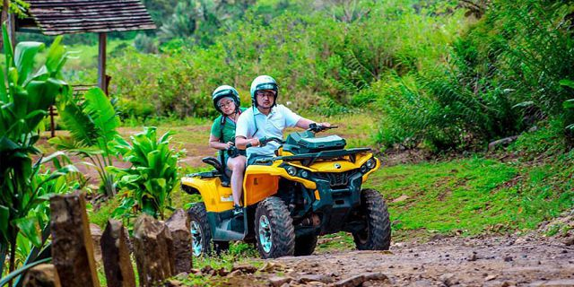 Quad biking and buggy at vallee des couleurs (09)