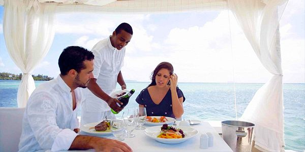 Exclusive gourmet lunch or dinner at sea (2)