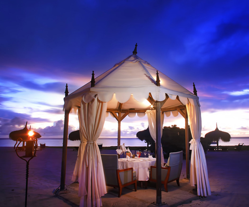 Mauritius Evening activities, Sunset Cruises and Romantic Evening Packages