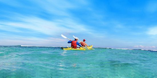 Sea Kayaking Trip - Ile d'Ambre Island - Full Day