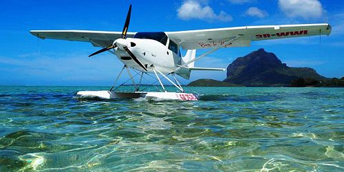 Seaplane Flight at Le Morne – Mauritius Southwest