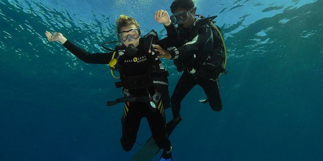 Try scuba diving package (2)