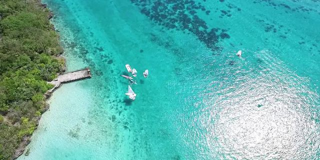 Mauritius coastline and islets tour helicopter flight (2)