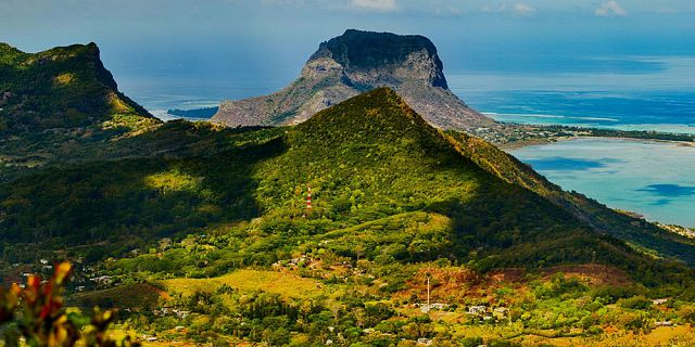 Mauritius cities coastlines helicopter tour (8)