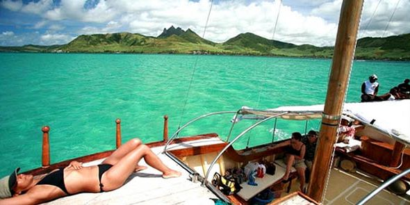 Pirate Boat Cruise To Ile Aux Cerfs  Mauritius Attractions