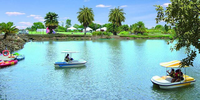 Fun leisure activities for kids in mauritius mauritius for Gros cailloux decoratif
