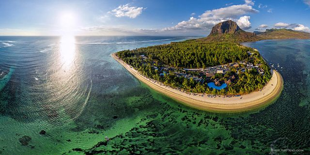 Mauritius underwater waterfall helicopter tour exclusive (5)