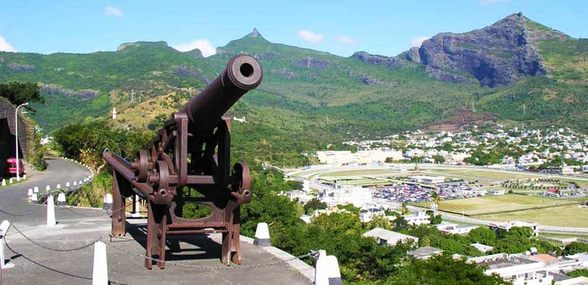 Image result for la citadelle port louis